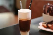 HALF TIME SPORTS CAFE & SNACK BAR